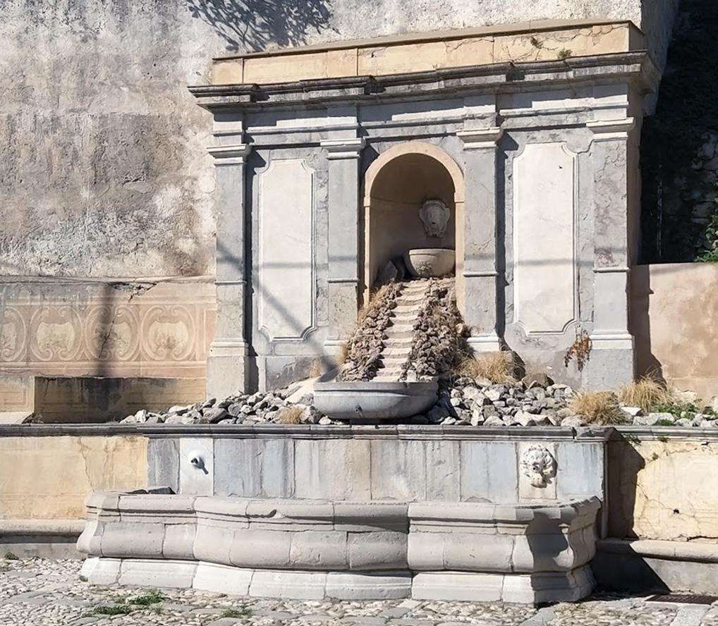 Fontana ad Emiciclo di Monreale