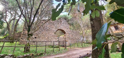 Foto Neviere di San Martino delle Scale